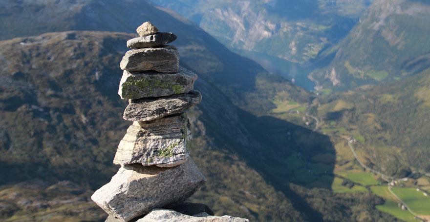 Die vier Gesetze der Spiritualität - Heimsoeth Academy