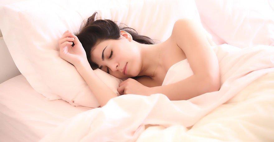 Schlaf - Mentale und physische Vorteile einer erholsamen Nacht - Antje Heimsoeth